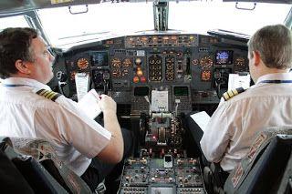 Gaji Pilot Dan Pramugari Gaji Pilot Tni Au Gaji Pilot Batik Air Gaji Pilot Air Asia Gaji Pilot Lion Air Gaji Pilot Garuda Pesawat Udara Pramugari Masuk Sekolah
