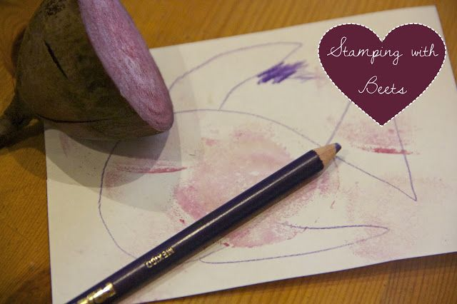 Easy toddler food crafts- Stamping with beets