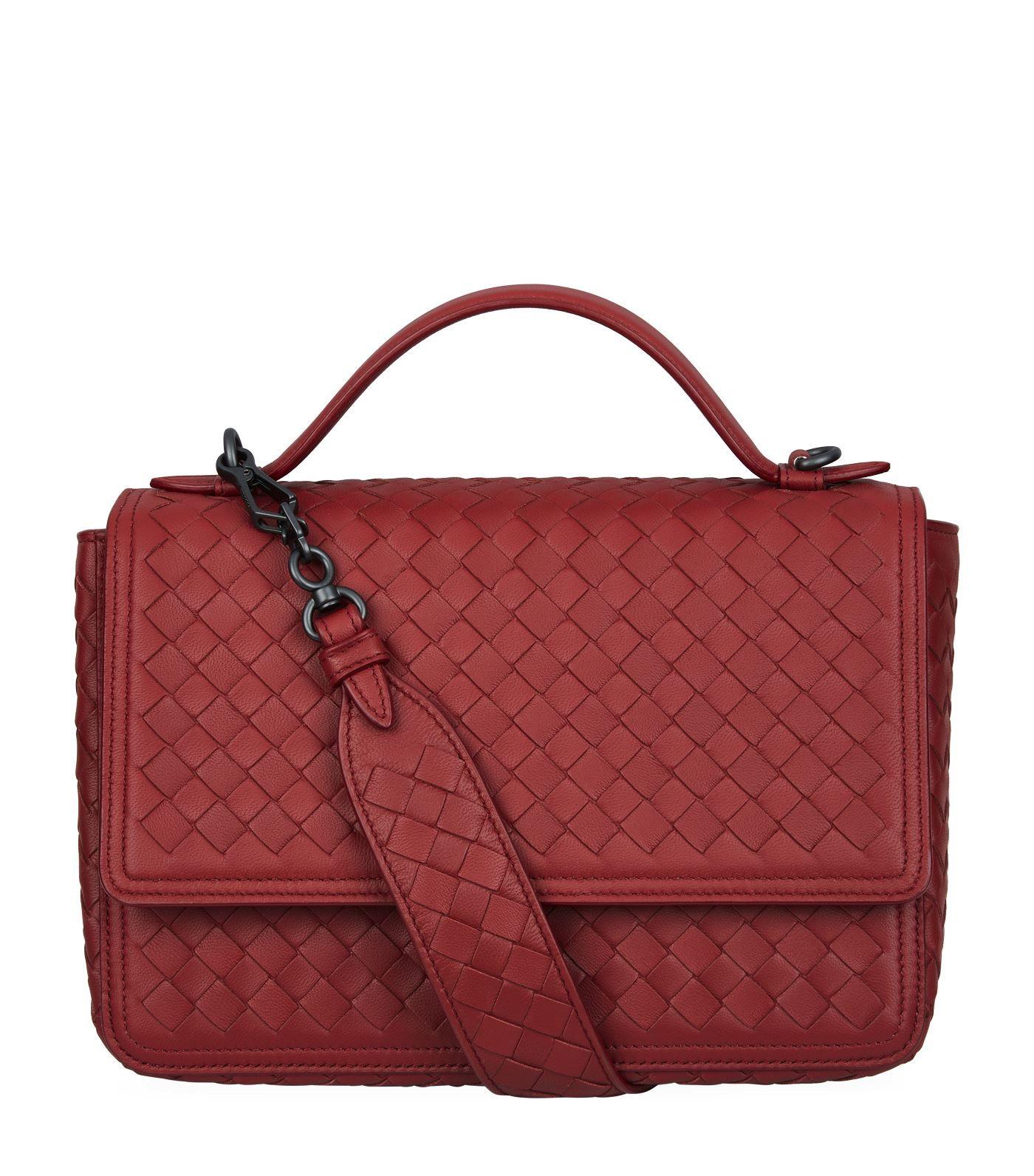 c00b4a5275 BOTTEGA VENETA ALUMNA SHOULDER BAG.  bottegaveneta  bags  shoulder ...