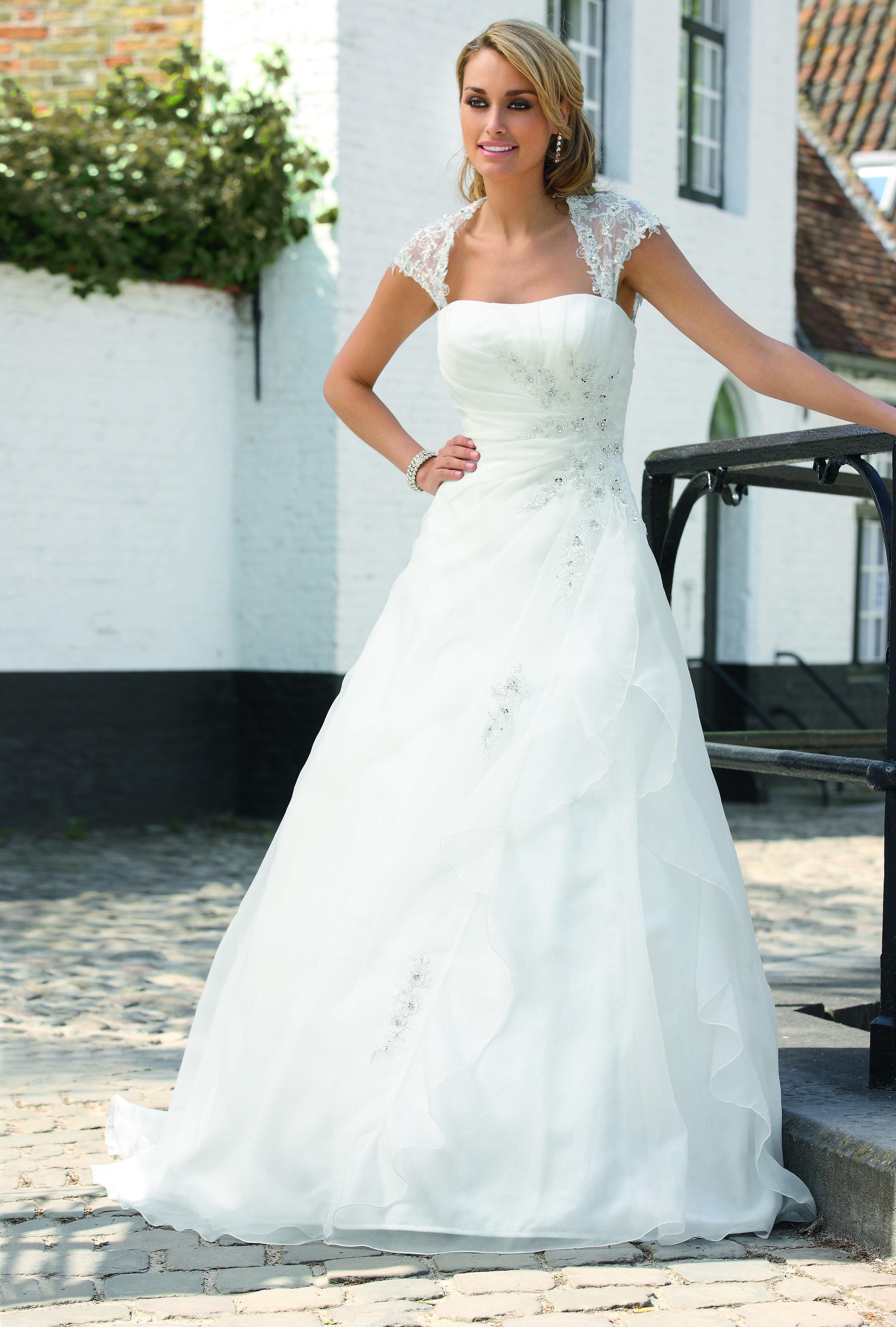 Ladybird Wedding Dress Style Ivory Silver
