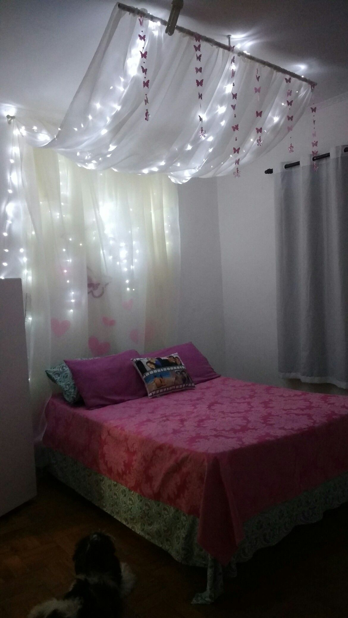 Quarto Tumblr voal e luzes | Curtains in 2019 | Bed lights ...