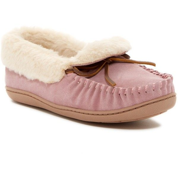 a3fbebca519 Minnetonka Trina Faux Fur Lined Folded Trapper ( 30) ❤ liked on Polyvore  featuring shoes