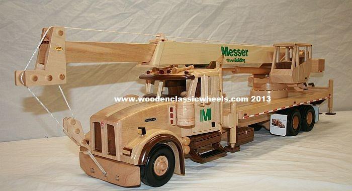 crane models holzspielzeug kinderspielzeug und spielzeug. Black Bedroom Furniture Sets. Home Design Ideas