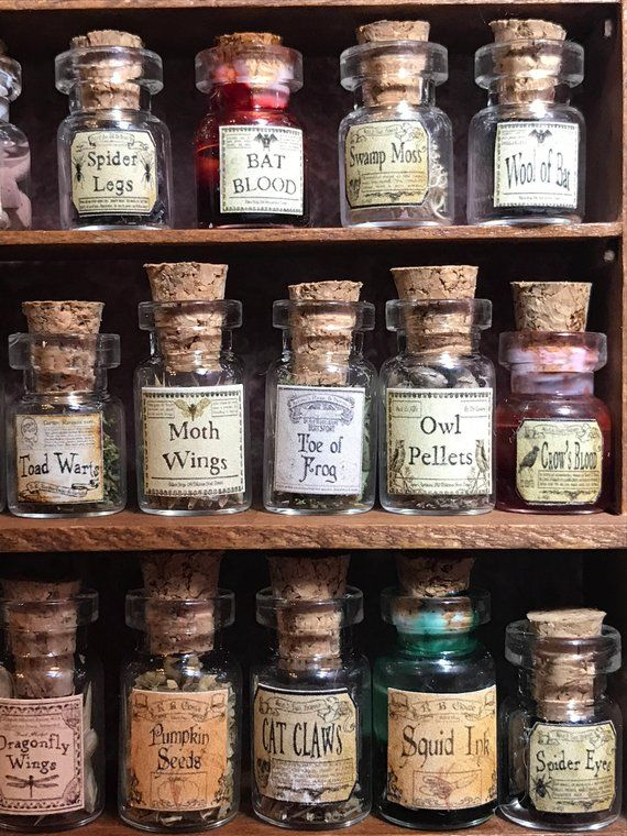 Dollhouse size, 20 Bottles of Witch's herbs and poisons, Bottle, set  2 of 5, dollhouse size, in glass jars 1:12 1/12 1