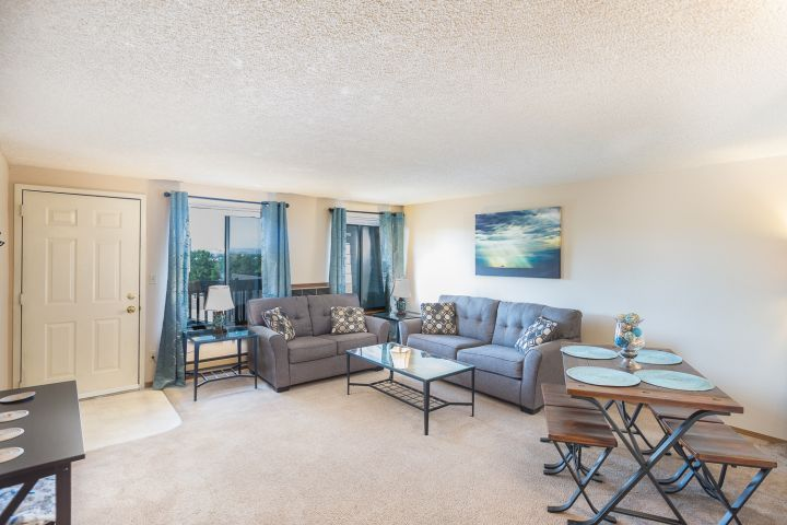 Lovely Furnished 2 Bedroom Apartment Billings Mt Rentals Furnished 2 Bedroom Apartment With A N With Images Corporate Rentals Apartment Communities 1 Bedroom Apartment