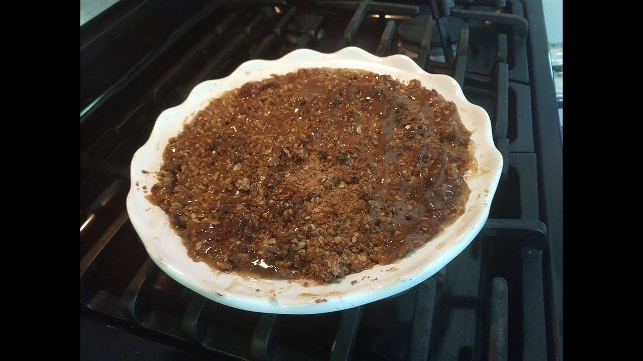 ~Easy Apple Crisp Recipe~ with Angie's Pantry   Easy apple crisp recipe. Apple crisp recipes. Apple crisp