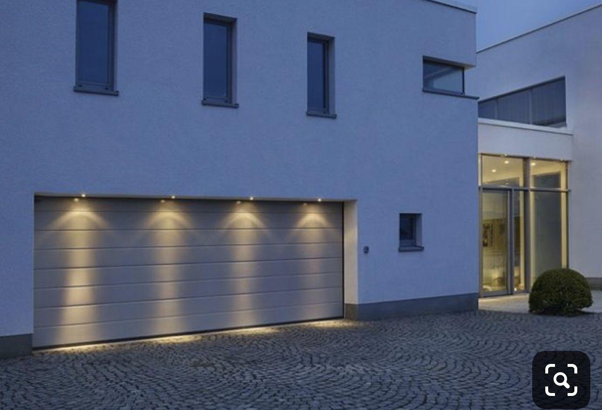 Pin Von Sejla Sehmehmedovic Auf H O M E Garage Beleuchtung Garagenbeleuchtung Fassadenbeleuchtung