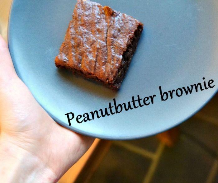 Demi Aulos: Valmiina valmistujaisiin: peanutbutter brownie