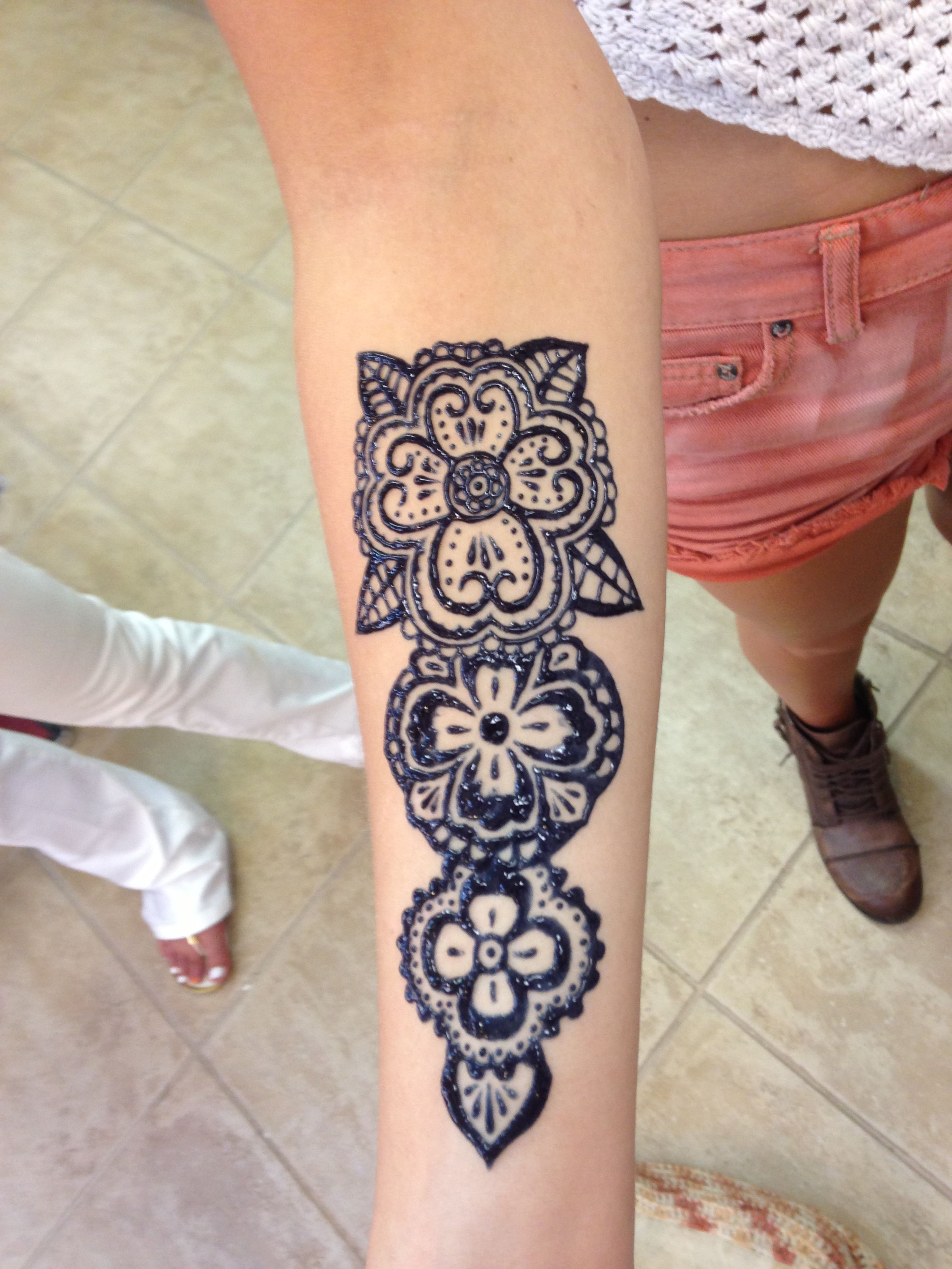 Traditional Henna Tattoo: Traditional Henna Style On Forearm Tattoo
