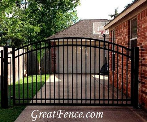 Single metal driveway gates pinteres for Aluminum gates for driveways