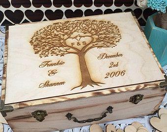Large Rustic wedding guest book alternative / guest book / memory box / wood burned box / keepsake box/ LOVE BIRDS