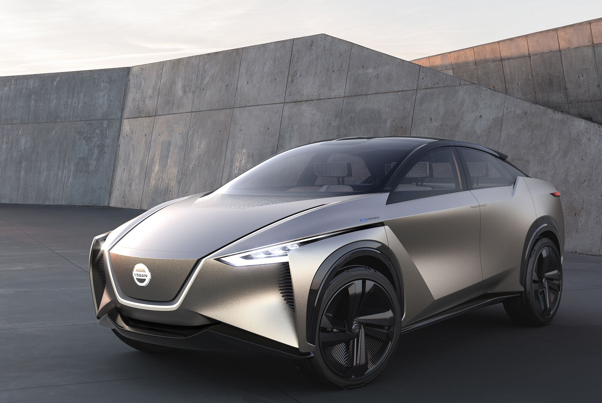 Is Nissan About To Reveal The Electric Car Everyone Really Wants Nissan Leaf Hybrid Car Nissan Electric
