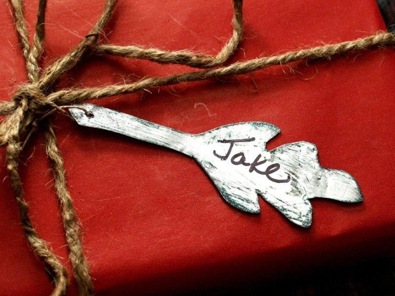 metal Rustic Leaves Gift Tags tutorial » Flamingo Toes