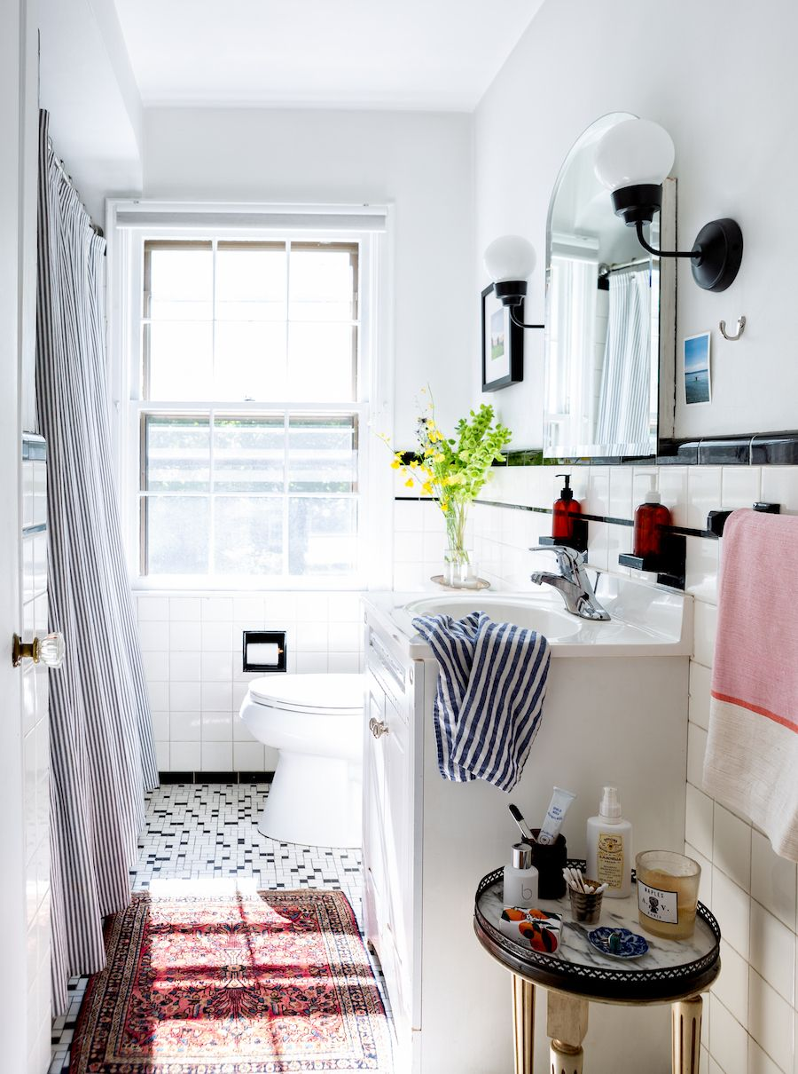 22 Jaw Dropping Small Kitchen Designs: Jaw-Dropping: This 27-Year-Old Completely Transformed Her