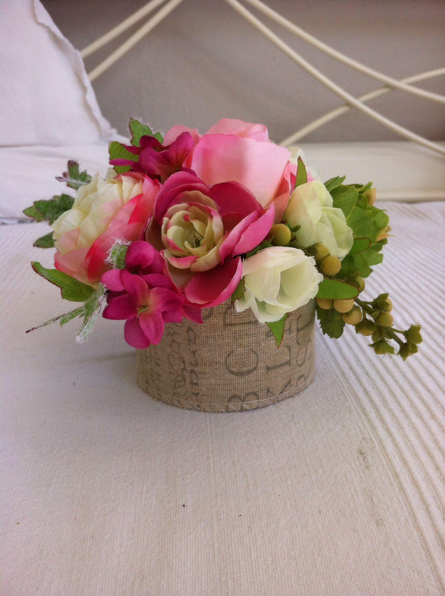 klein bloemstukje kleine bloemstukjes pinterest