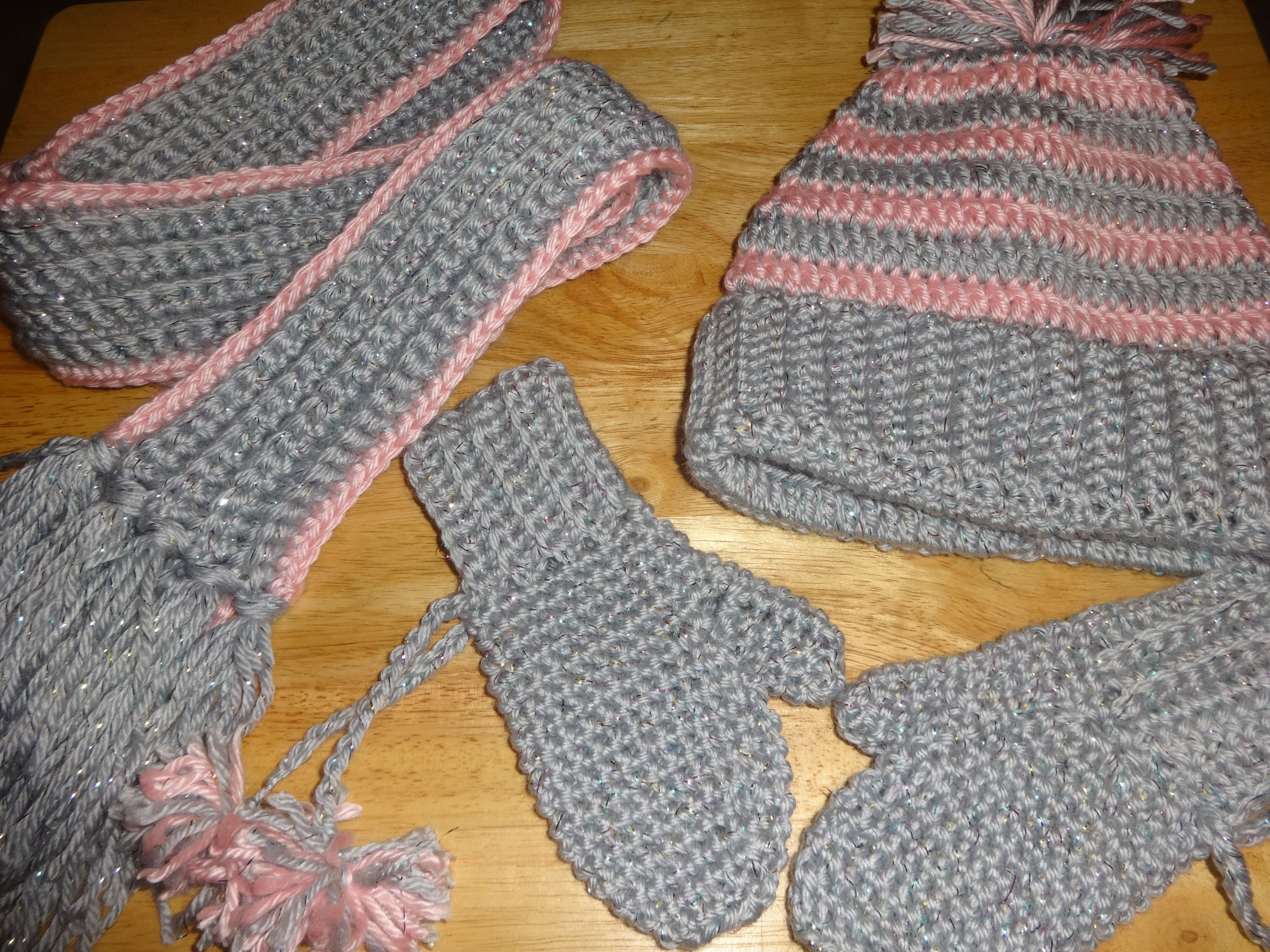 Toddler mittens hat scarf crochet i found the mitten pattern crochet i found the mitten pattern free online bankloansurffo Image collections