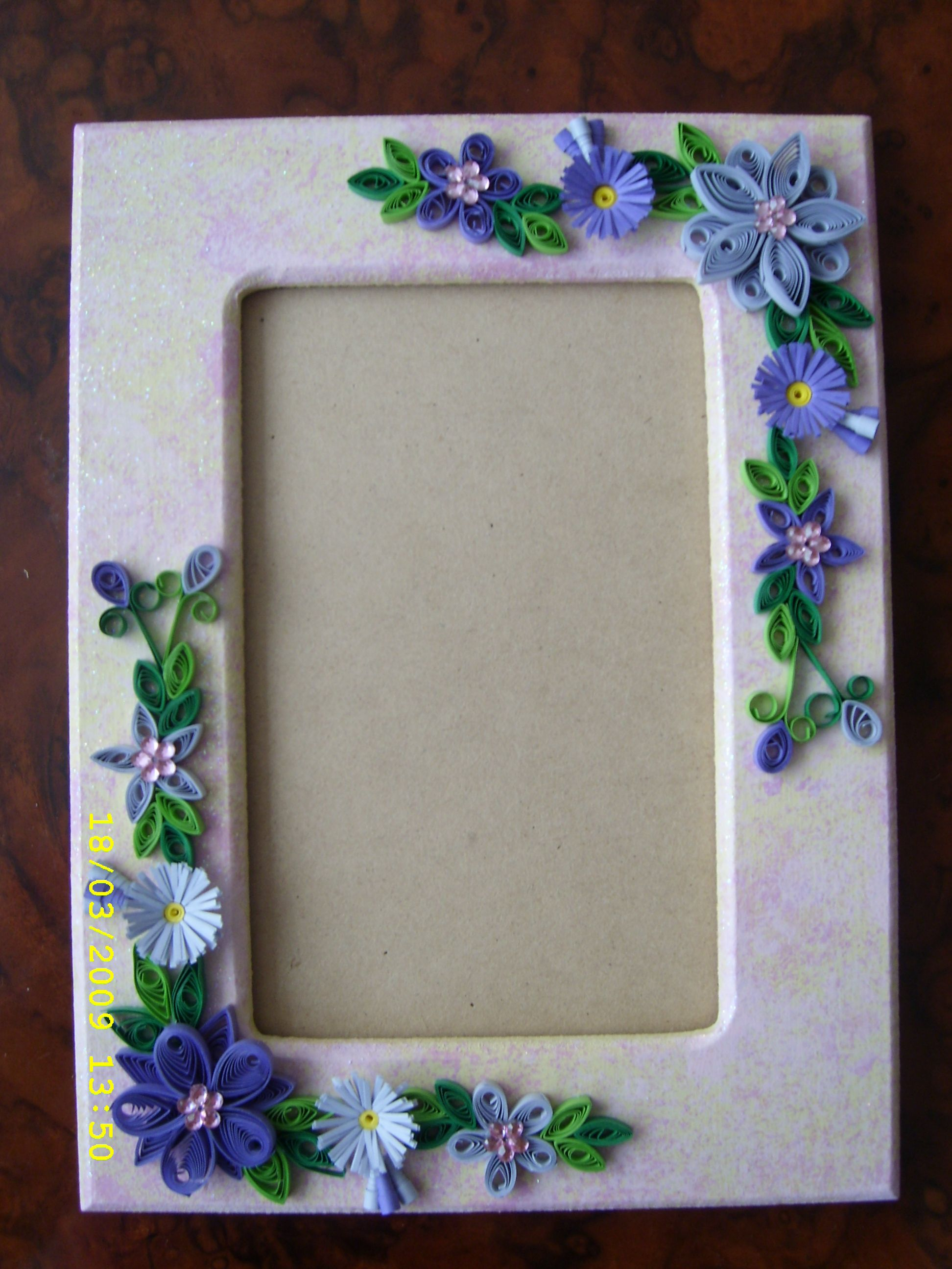Easy quilling designs for photo frames photograph best hq images also cadre do crafts rh pinterest