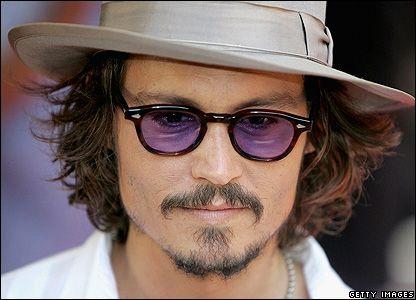 foto ufficiali 764e7 3bb55 Johnny Deep and his Moscot Sunglasses | WHITE GALLERY ...