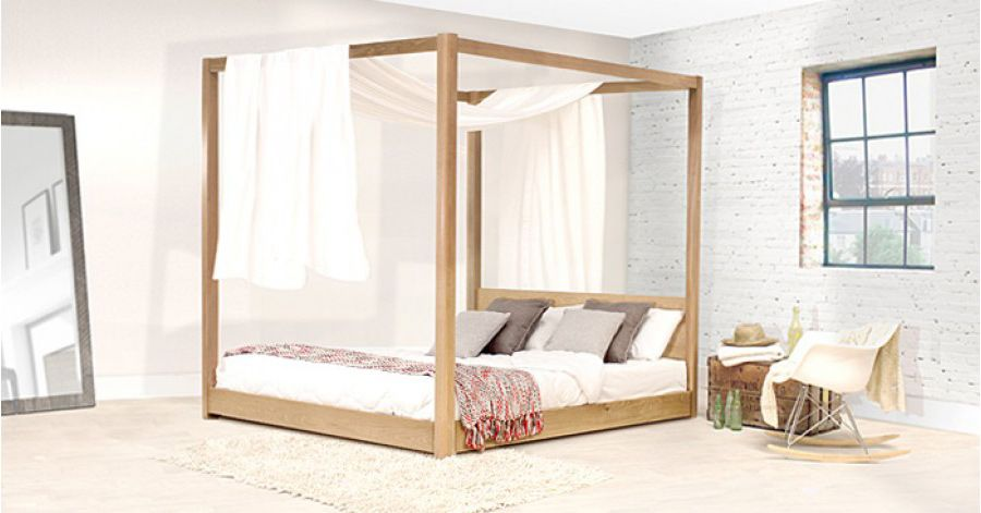 Low Four Poster Bed | Architecture & Design | Pinterest | Pine ...