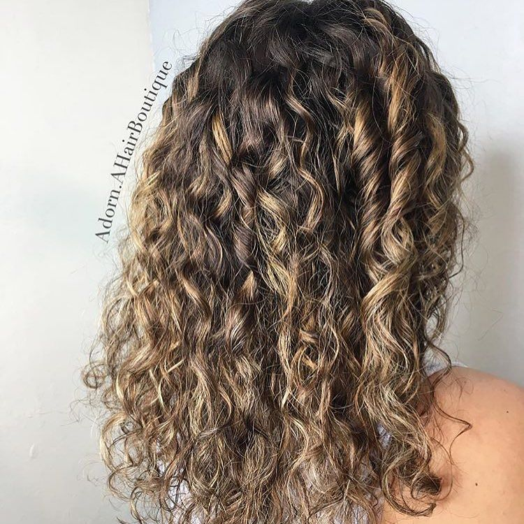 #balayage isn't just for #straighthair! This #freehand #painting technique is perfect for your #curlyhair clients giving them the #natural #livedincolor #trend! #hairart by @adorn.ahairboutique