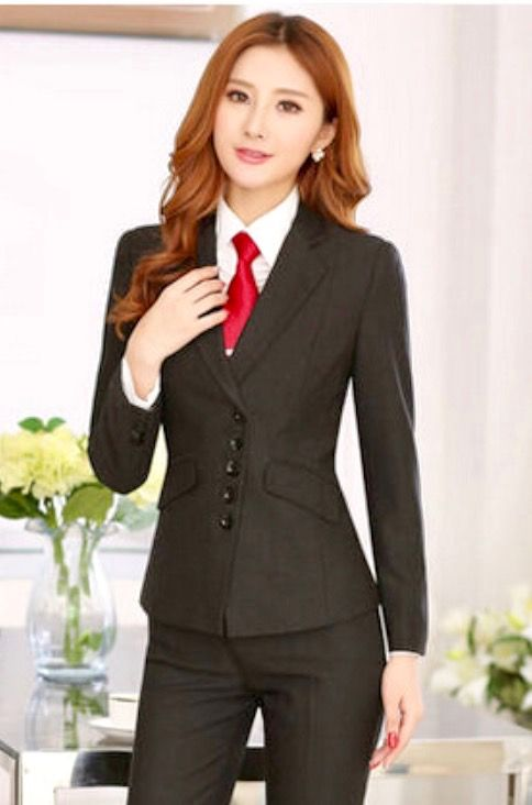 tailleur cravate pantalon femme