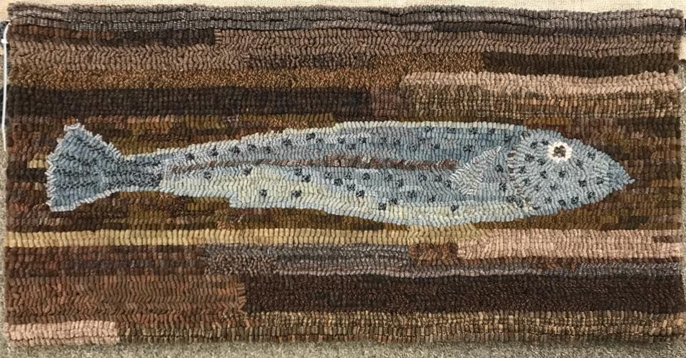 Hooked Rug Blue Fish Pattern By Lucille Festa Hooked By Julie Reilly Fish Rug Rugs Rug Hooking