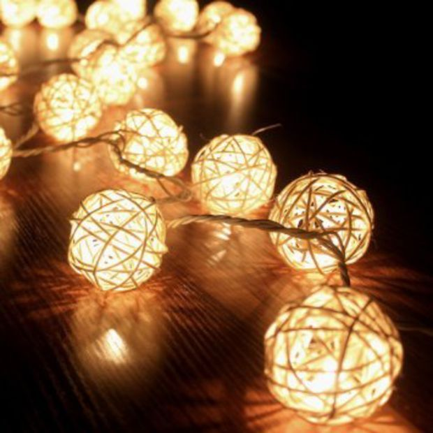SBX Storm Cream White Rattan Ball Fairy String Lights,Warm White- Ideal Wedding, Christmas & Party String Lights Holiday Home Bedroom Use With Battery box + 10 Rattan Balls(1M)