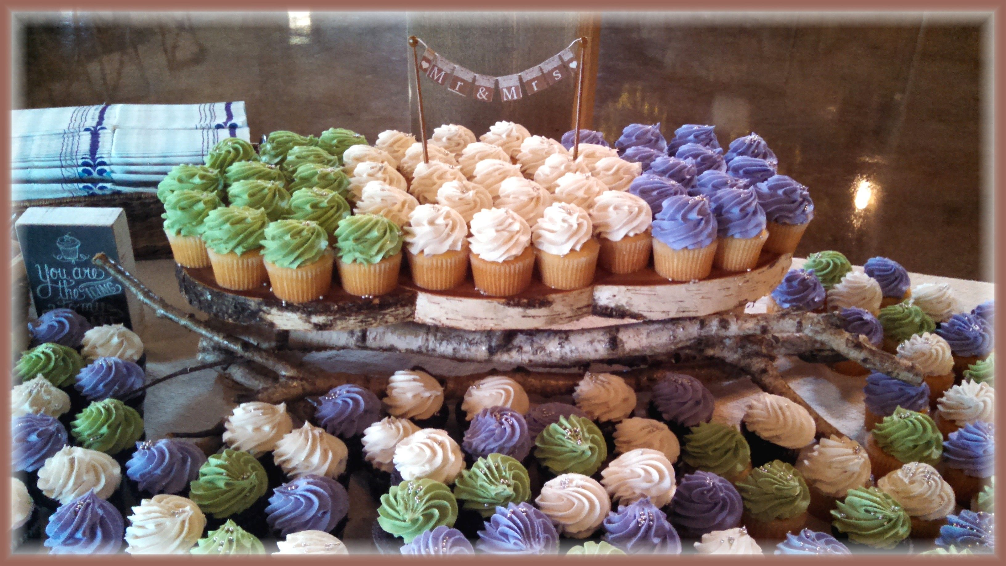 Country Rustic Cupcake Stand And Cupcakes By Rush City Bakery Mn