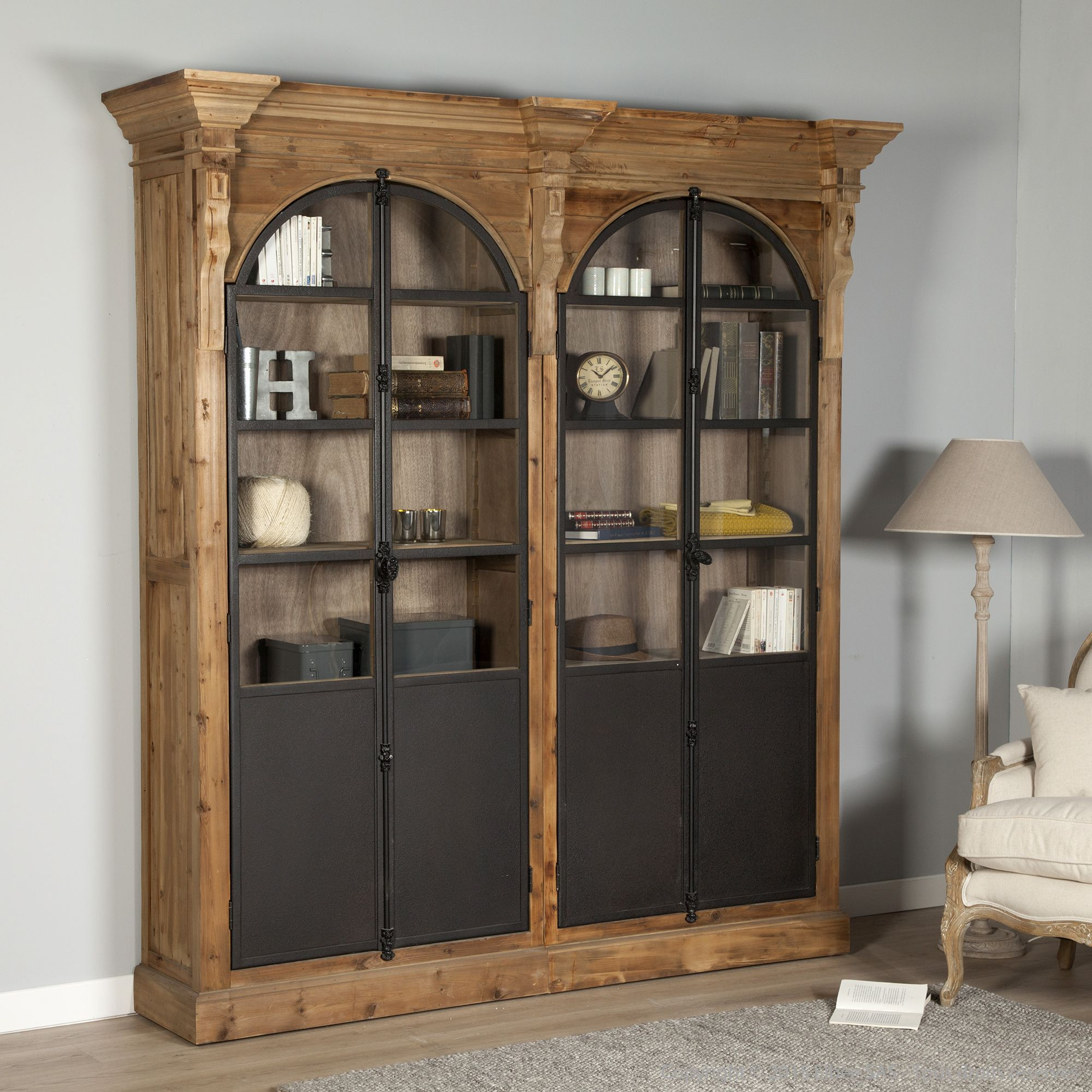 biblioth que en bois avec portes vitrines en m tal. Black Bedroom Furniture Sets. Home Design Ideas