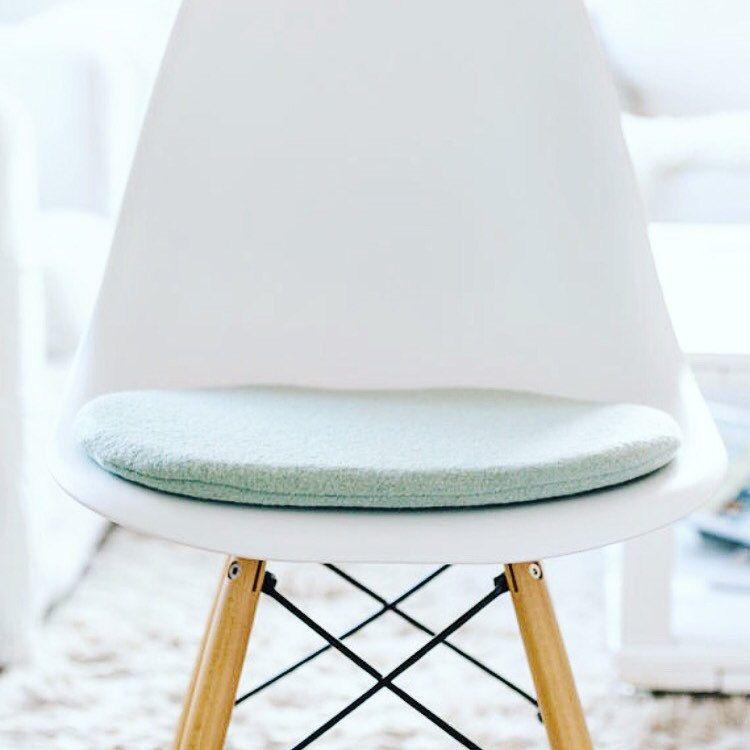 stuhlkissen in mint, passend für eames chair, limitiert ... - Designer Mobel Reisverschluss