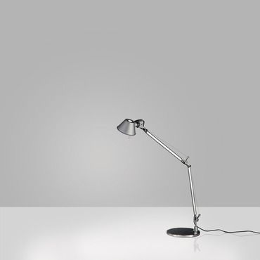 Tolomeo Micro Gold Limited Edition Desk Lamp By Artemide 0011868a In 2020 Desk Lamp Lamp Lantern Floor Lamp