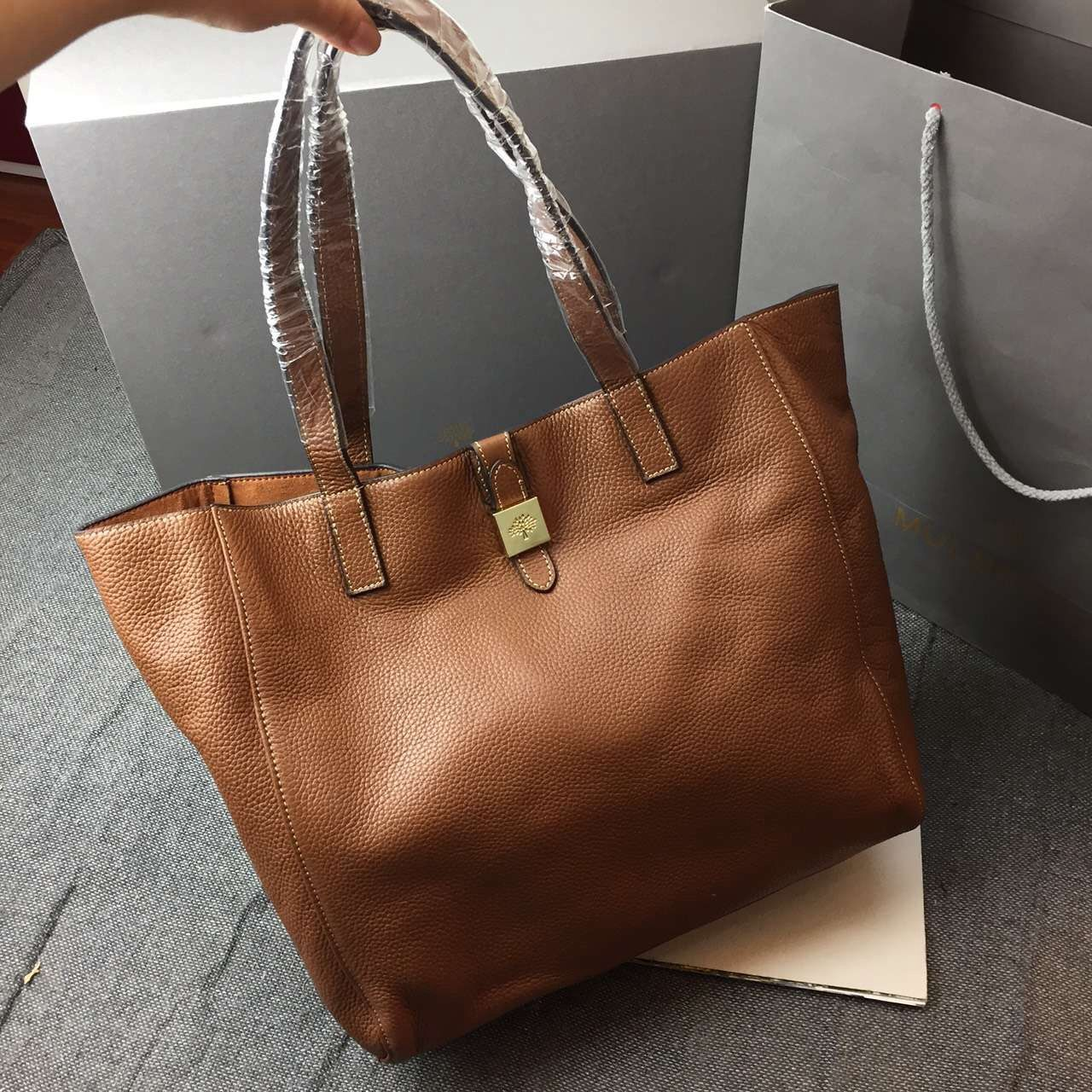 27c8fe7580 inexpensive lyst mulberry tessie tote bag in brown 35432 77a27; official mulberry  tessie tote 9cdf2 6264e