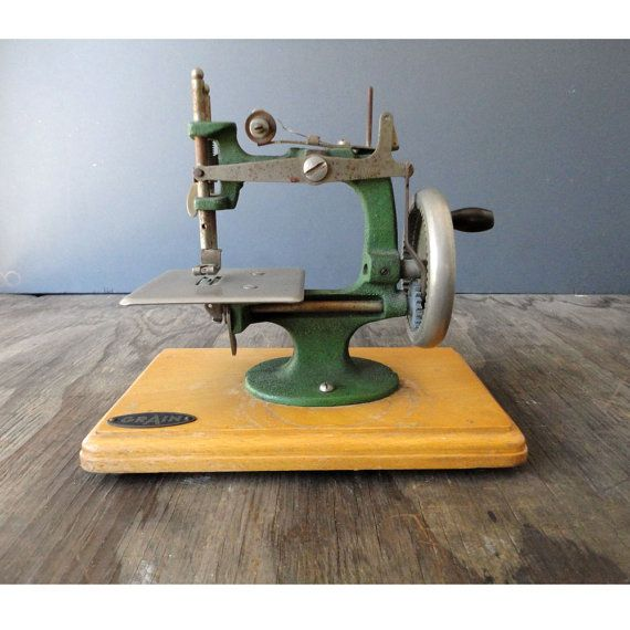 Vintage Green Childs Sewing Machine Made in by ...