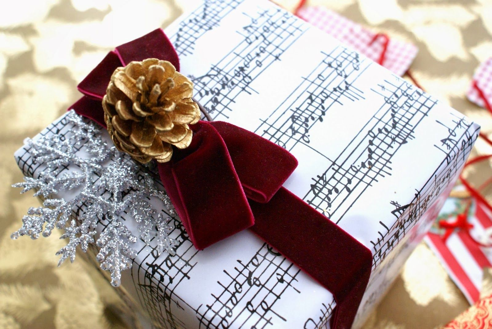 Pin by Beckey Douglas on wrapped for christmas Christmas