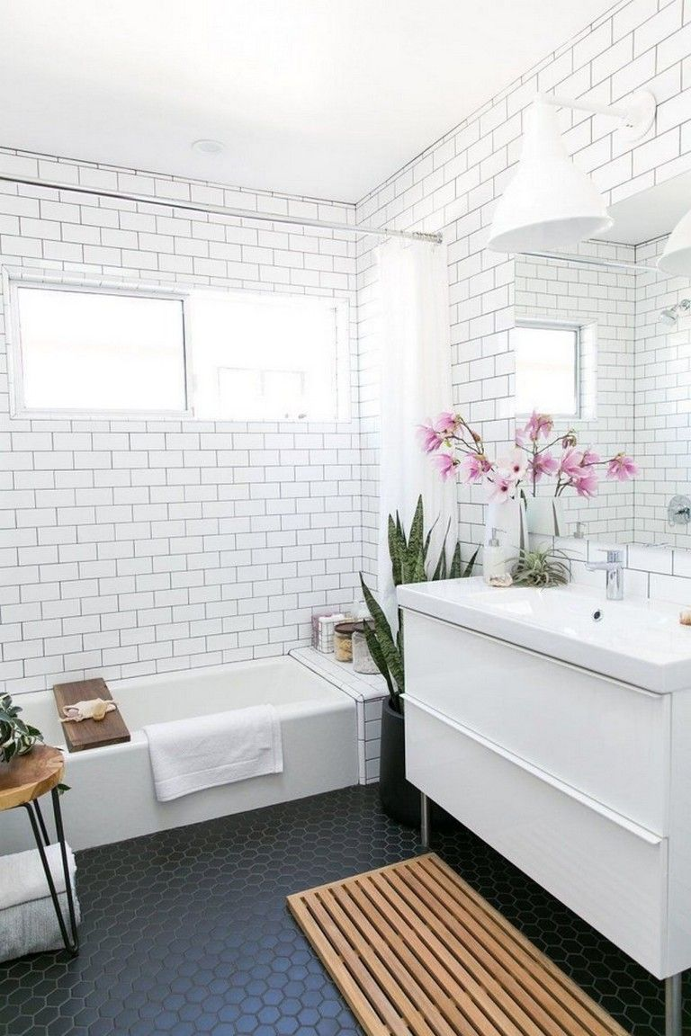 Stunning Black And White Subway Tiles Bathroom Design Relaxing