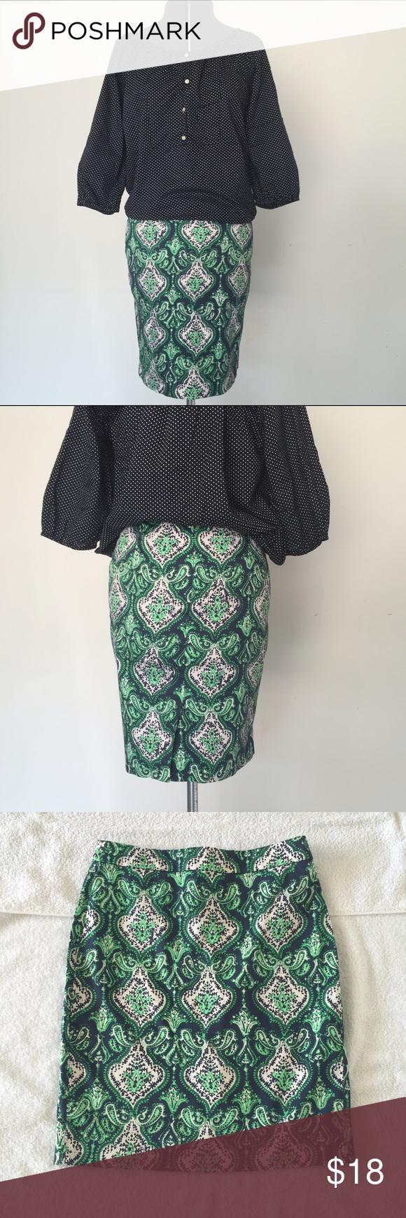 "J Crew Factory ""the Pencil Skirt"" in bold print J Crew Factory ""the Pencil Skirt"" in bold print. Size 2 measures flat: 14.5"" across waist, 17.5"" across hips, 20.5"" long, 6"" slit. 98% cotton, 2% stretch. Back zip close. 727/100/072916 J. Crew Skirts Pencil"