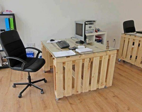 schreibtisch idee aus europaletten pallets. Black Bedroom Furniture Sets. Home Design Ideas