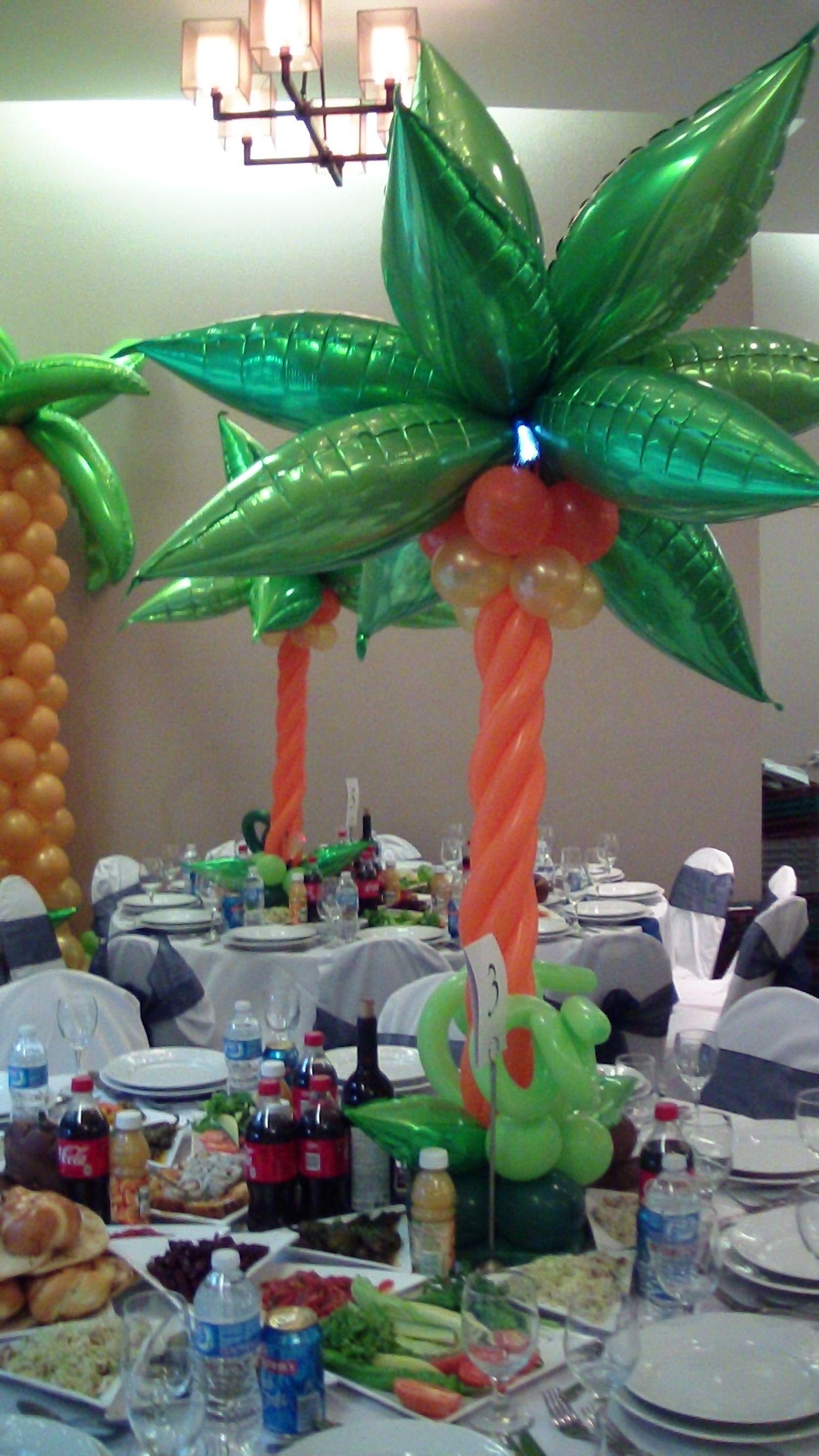 Safari theme centerpiece dreamarkevents balloon