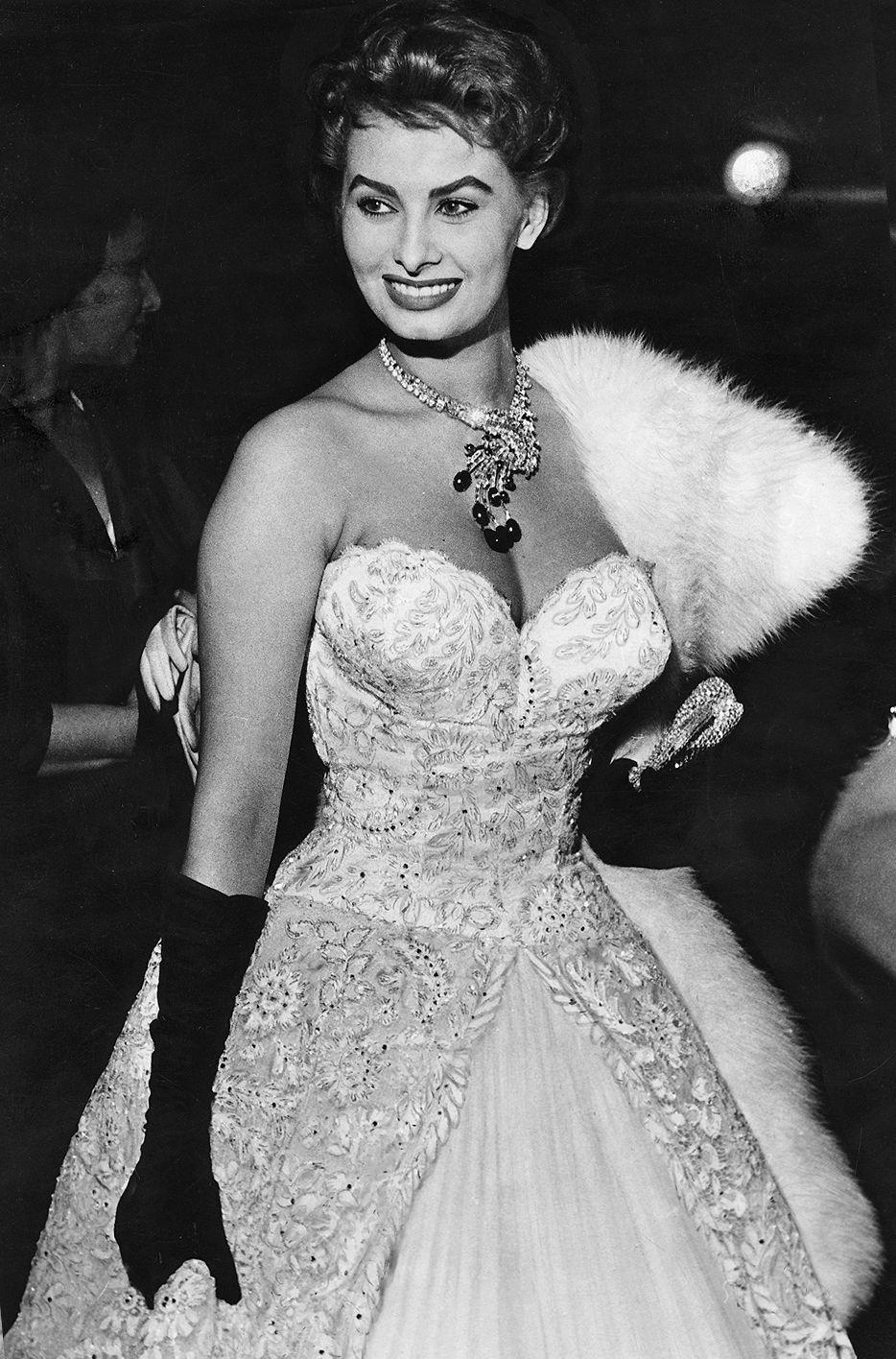 SOPHIA LOREN — 1955