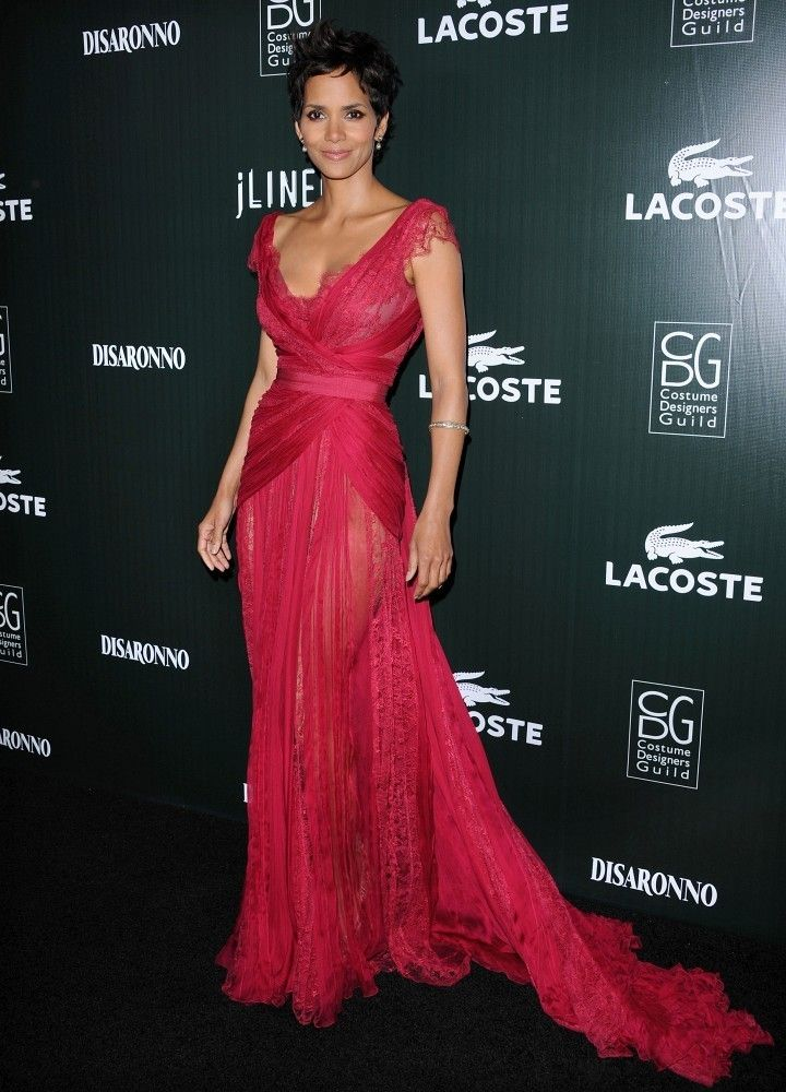 4b727ddf350 Halle Berry Evening Dress   Couture   Evening dresses, Fashion ...