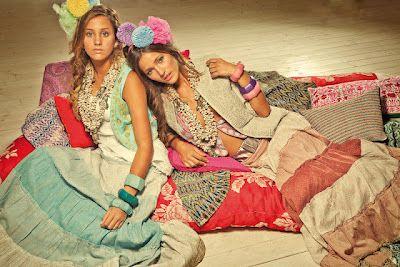 Colorida y juvenil colección de verano  Flamenco Chic, http://www.mujerdemoda.net/2012/04/flamenco-chic-verano-2012.html