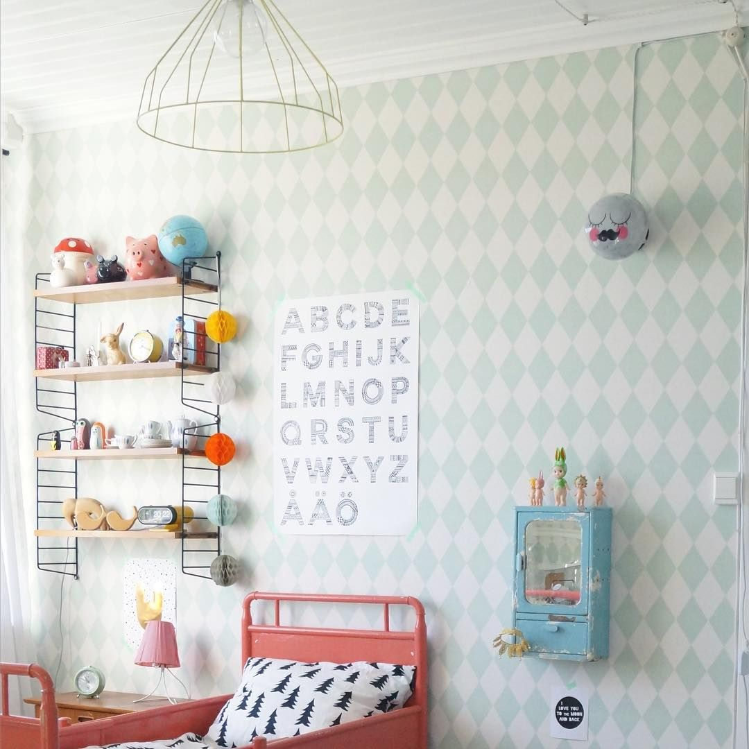 Kids room barnrum @sullkullan