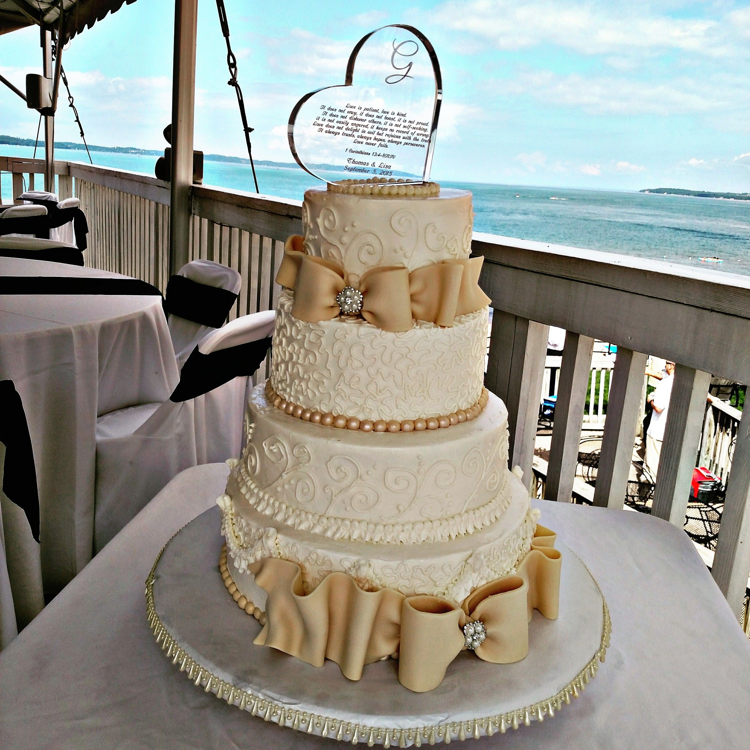Traverse City Was The Venue For This Adorable Cake Call 231 350 7202