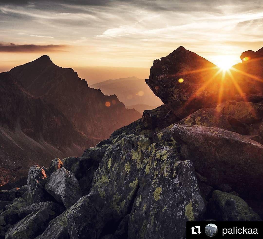 Ako v úžasnom sne  skvelý záber @palickaa alebo sen?   Krivan during the sunset  (shot from Furkotsky stit) #praveslovenske #tatramountains #mountain #mountains #mountainlife #mountainview #sunset #sunsets #rocks #eveningwalk #evening #eveningsky #evenings #eveningtime #heaven #sky #sun #beauty #beautifulday #beautyful #view #hills #romantic #adventure #amazing @folkies.sk @pripijam @slovakia.travel @tatryspispieniny