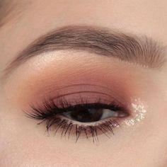 Photo of Bästa Inspiration Mate Makeup: Makeuphall är dedikerad till skönhetsmode och smink. – Fashion Inspire | Modeinspirationstidskrift, skönhetsidéer, lyx, trender och mer – sminkinspo – hacikoblog