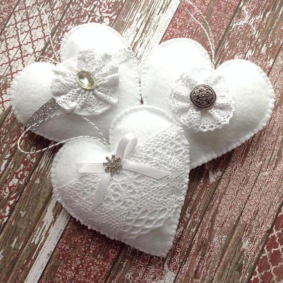 White Christmas Ornaments / White Felt Xmas Ornaments / White Christmas Hanging Hearts / Set of 3 Hearts / Handmade - Felt Xmas Hearts #feltchristmasornaments