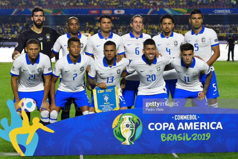 Players Of Brazil Pose For The Team Photo Ahead Of The Copa America Team Photos Brazil Poses