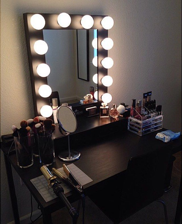 Diy vanity mirror with lights for bathroom and makeup for Black makeup table with mirror