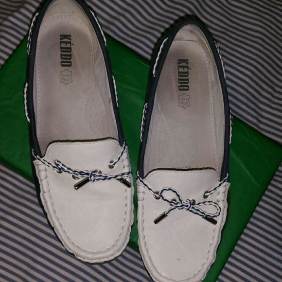 Keddo shoes Navy and white loafers!  Size 40 bit fit like a size 9 keddo Shoes