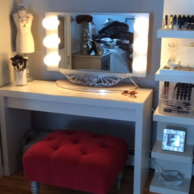 Love this set up! From Ikea?
